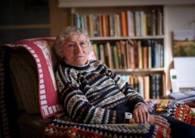Dr Joan Curtis